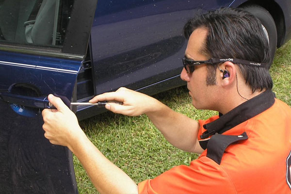 Quick Tips For Choosing Service For Car Key Replacement