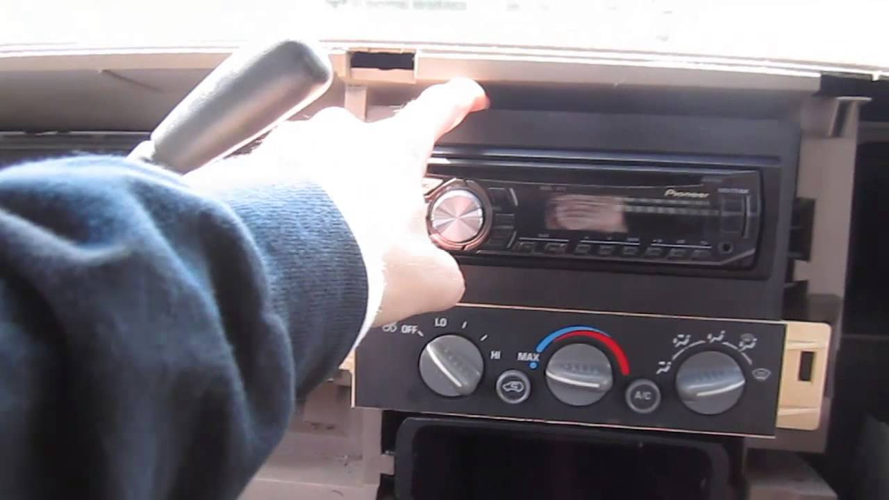 Four Important Tips when Installing a New Stereo Gear